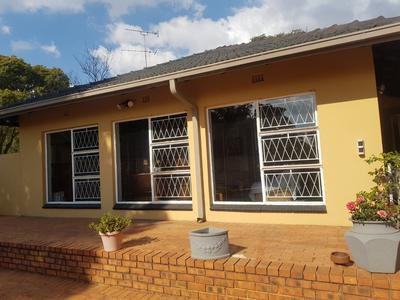 Property For Rent in Fairland, Randburg