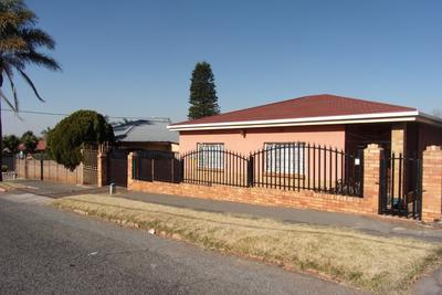 Property For Sale in Newlands, Johannesburg