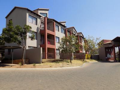 Property For Sale in Honeydew Grove, Roodepoort