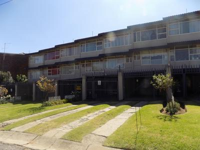 Property For Rent in Florida, Roodepoort