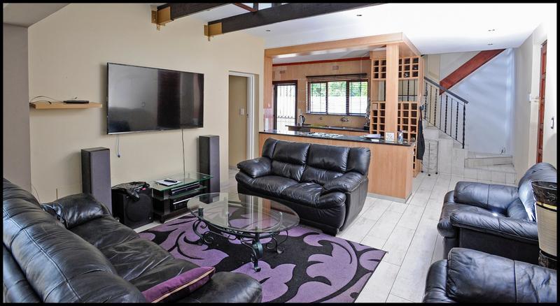 Property For Sale in Weltevreden Park, Roodepoort 11