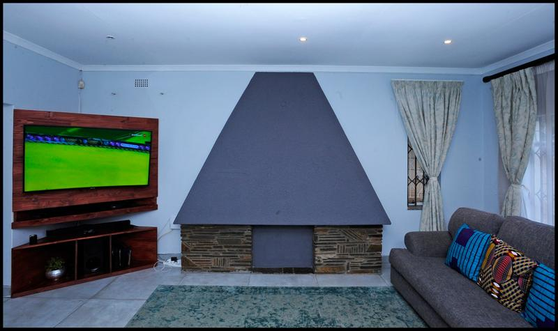 Property For Sale in Blairgowrie, Randburg 21