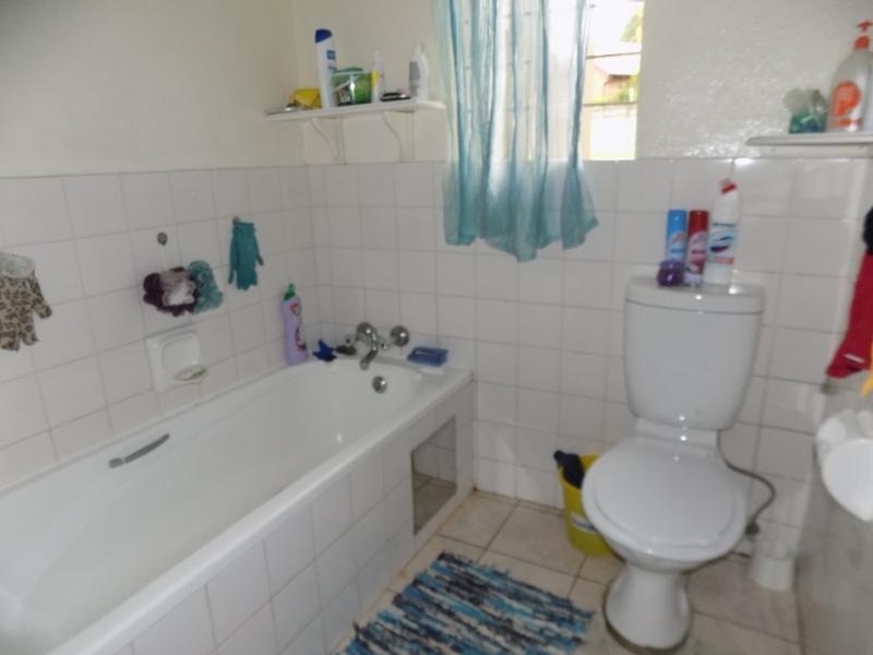 Property For Sale in Weltevreden Park, Roodepoort 9