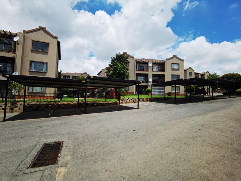 Property For Rent in Bloubosrand, Randburg 2