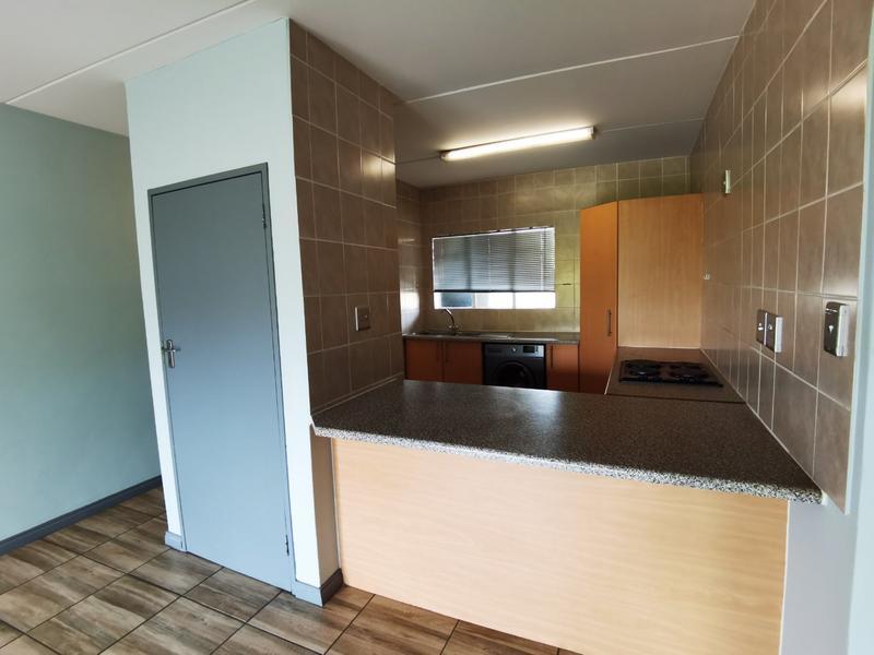 Property For Rent in Bloubosrand, Randburg 5