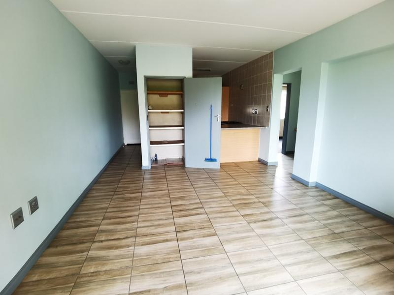 Property For Rent in Bloubosrand, Randburg 6