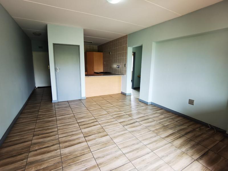 Property For Rent in Bloubosrand, Randburg 8