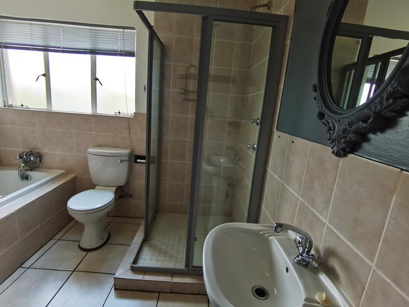 Property For Rent in Bloubosrand, Randburg 12