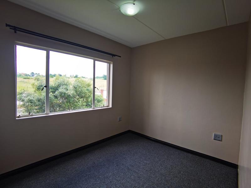 Property For Rent in Bloubosrand, Randburg 13