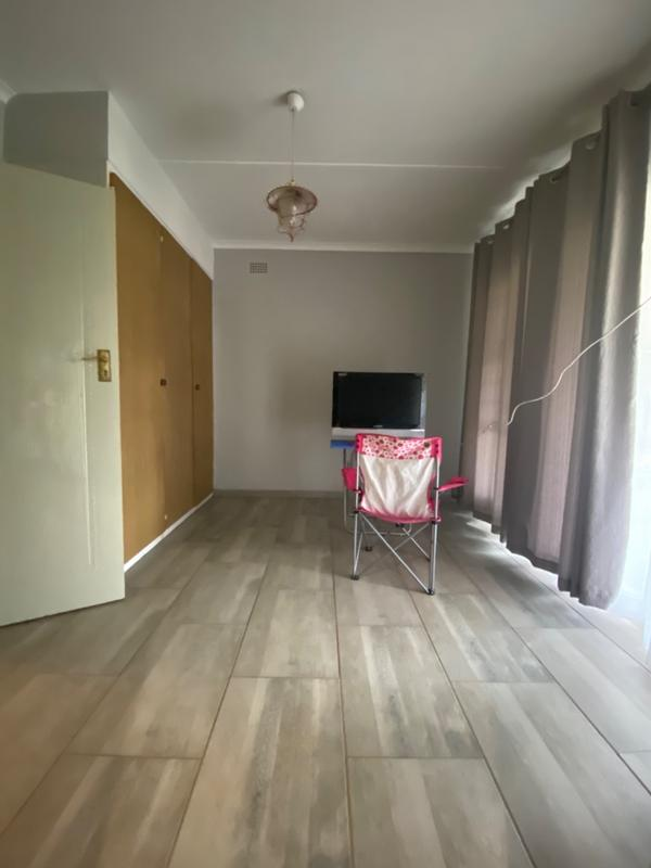 Property For Rent in Fairland, Randburg 17