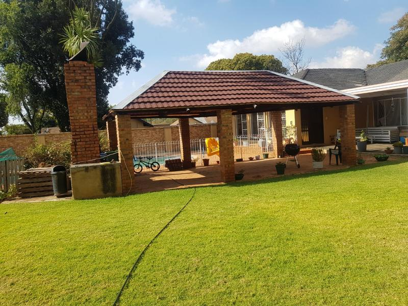 Property For Rent in Fairland, Randburg 4