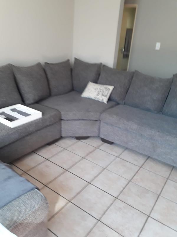 Property For Rent in Honeydew Ridge, Roodepoort 13