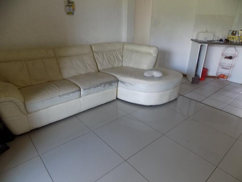 Property For Sale in Wilgeheuwel, Roodepoort 8