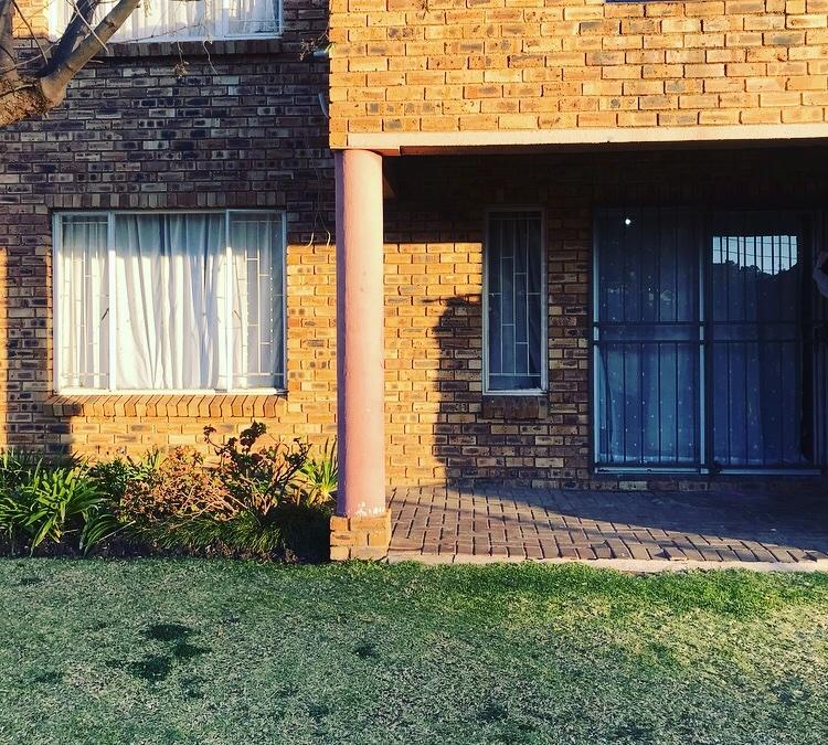 Property For Sale in Wilgeheuwel, Roodepoort 9