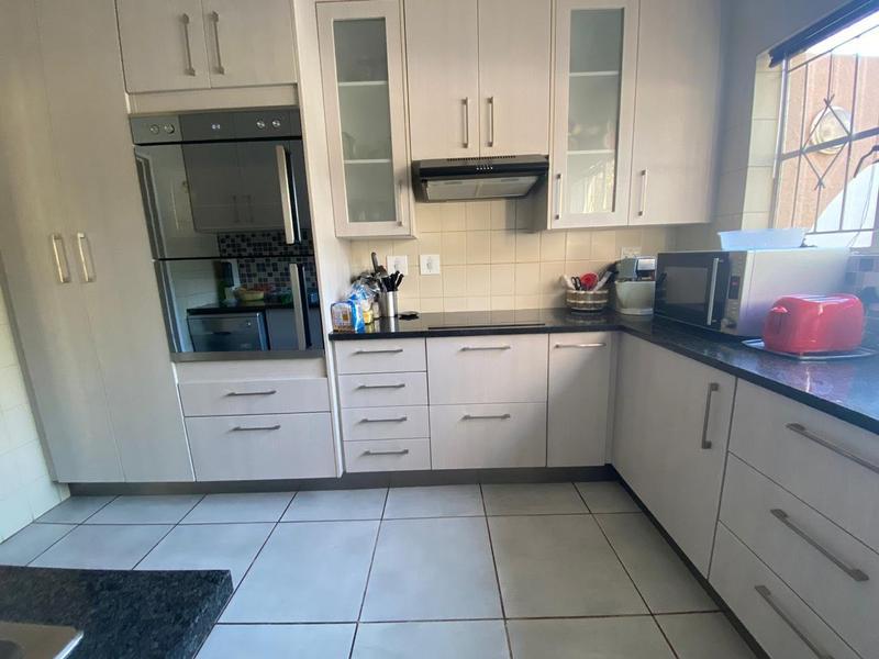 Property For Sale in Bromhof, Randburg 19