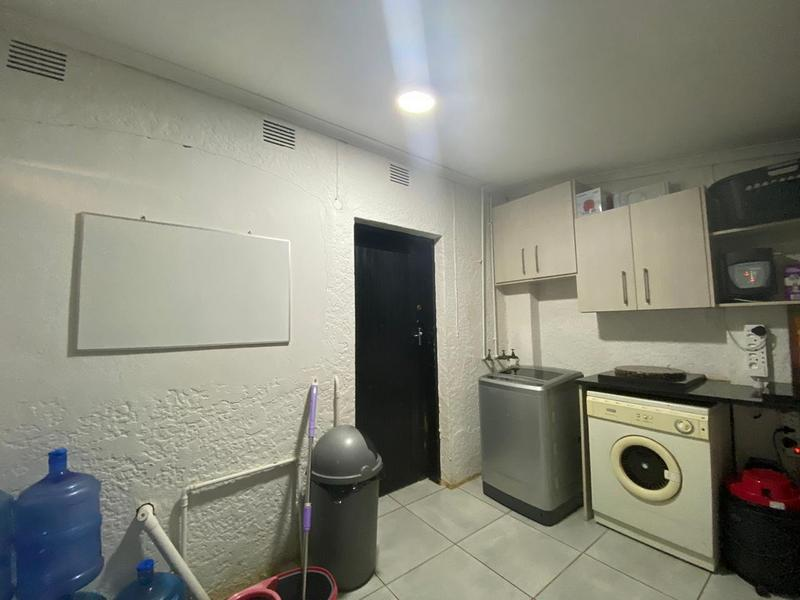 Property For Sale in Bromhof, Randburg 27