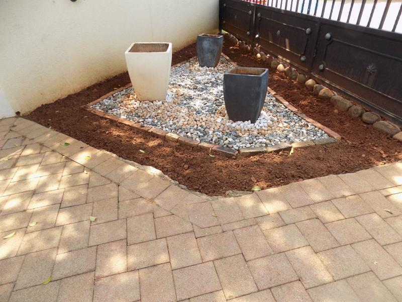Property For Sale in Constantia Kloof, Roodepoort 26