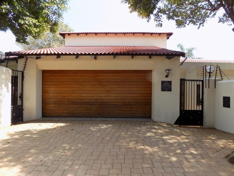 Property For Sale in Constantia Kloof, Roodepoort 27