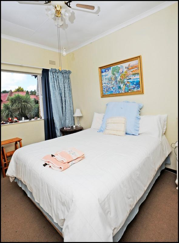 Property For Sale in Constantia Kloof, Roodepoort 11