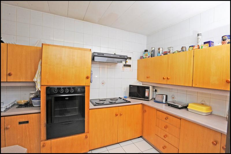 Property For Sale in Constantia Kloof, Roodepoort 22