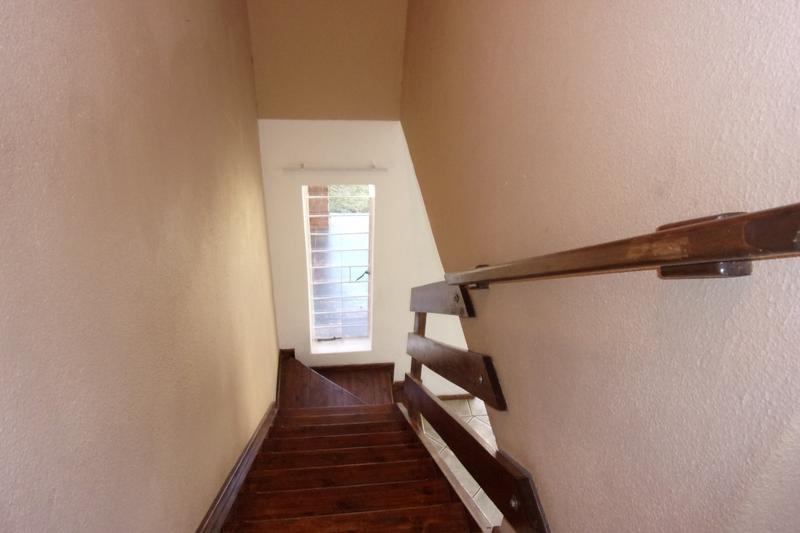 Property For Sale in Florida Glen, Roodepoort 20