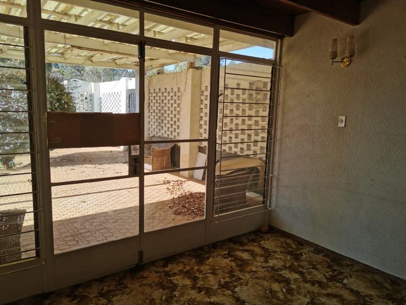 Property For Sale in Monument, Krugersdorp 9
