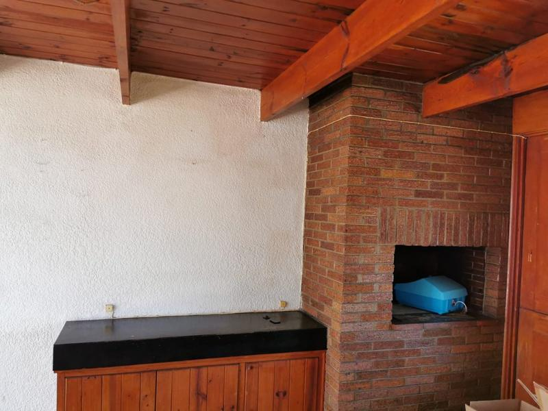 Property For Sale in Monument, Krugersdorp 10