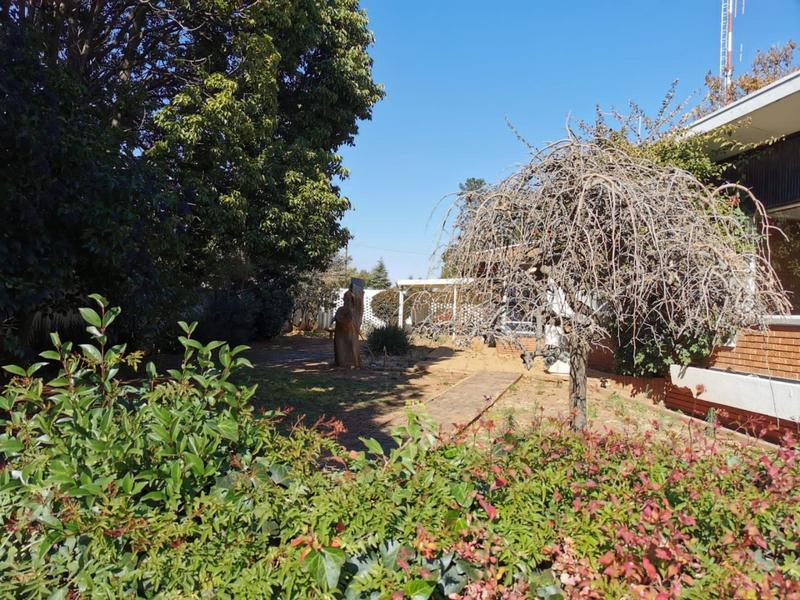 Property For Sale in Monument, Krugersdorp 18