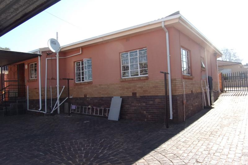 Property For Sale in Newlands, Johannesburg 3