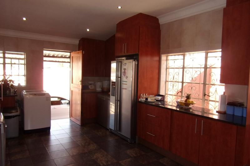 Property For Sale in Newlands, Johannesburg 10
