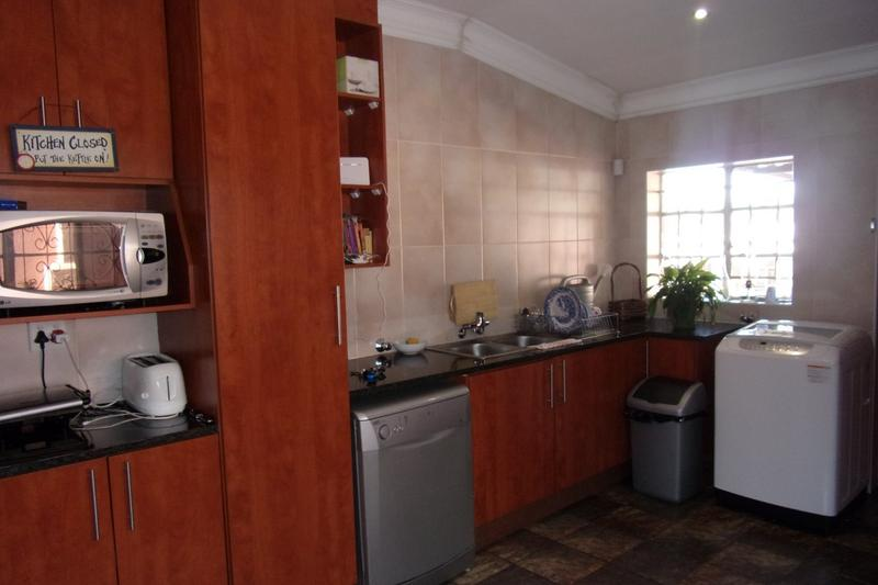 Property For Sale in Newlands, Johannesburg 11