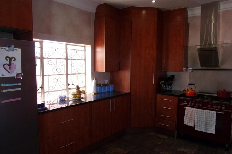 Property For Sale in Newlands, Johannesburg 13