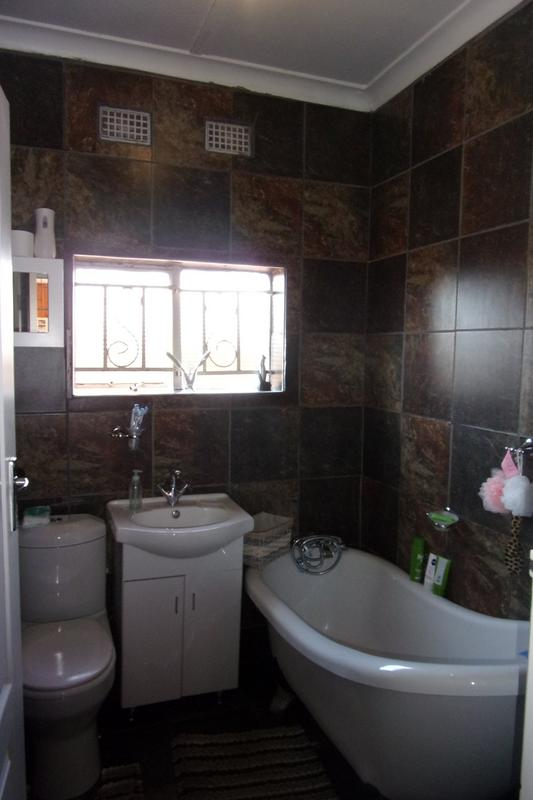 Property For Sale in Newlands, Johannesburg 25