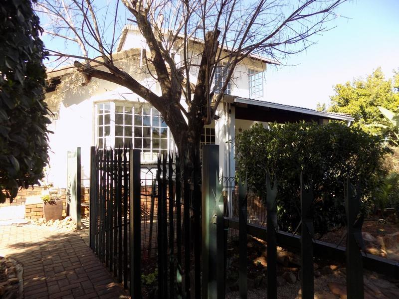Property For Sale in Allen's Nek, Roodepoort 26