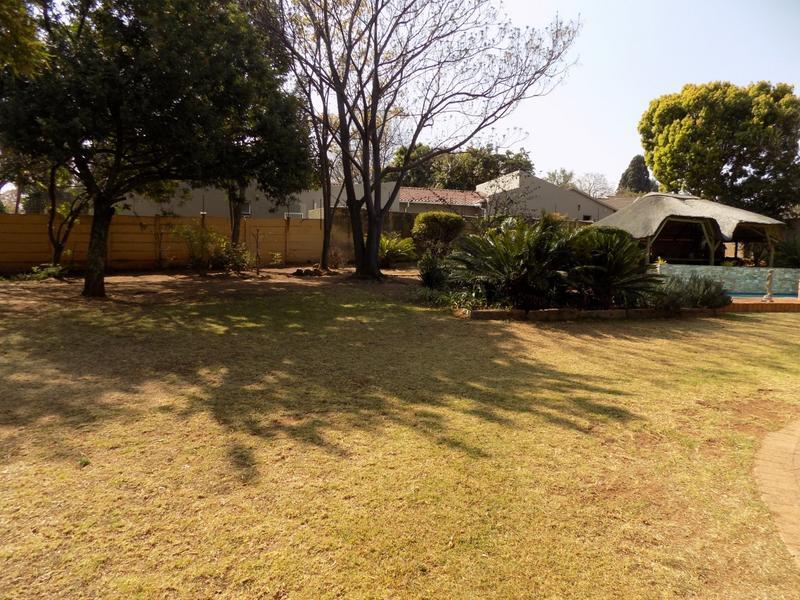 Property For Sale in Weltevreden Park, Roodepoort 15