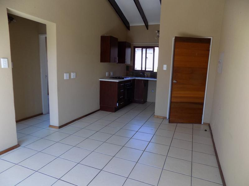 Property For Sale in Honeydew Grove, Roodepoort 7
