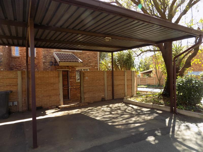 Property For Sale in Allen's Nek, Roodepoort 20