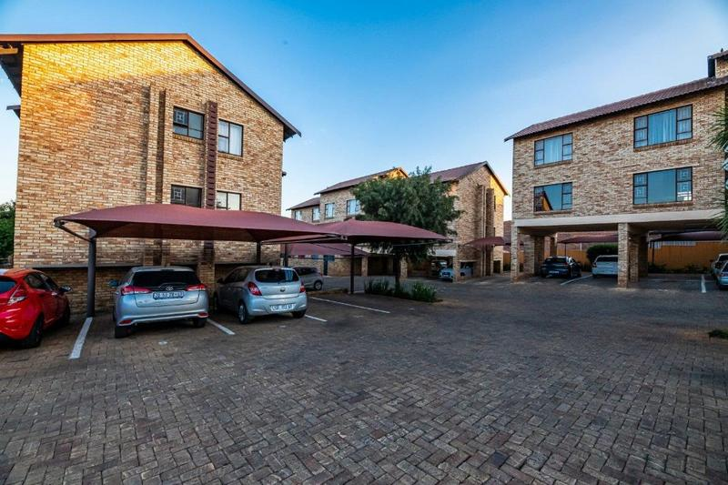 Property For Sale in Fairland, Randburg 18