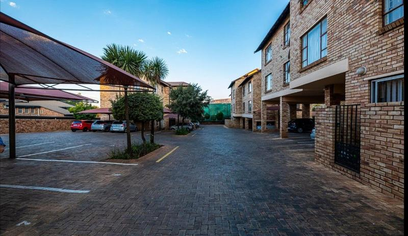 Property For Sale in Fairland, Randburg 19
