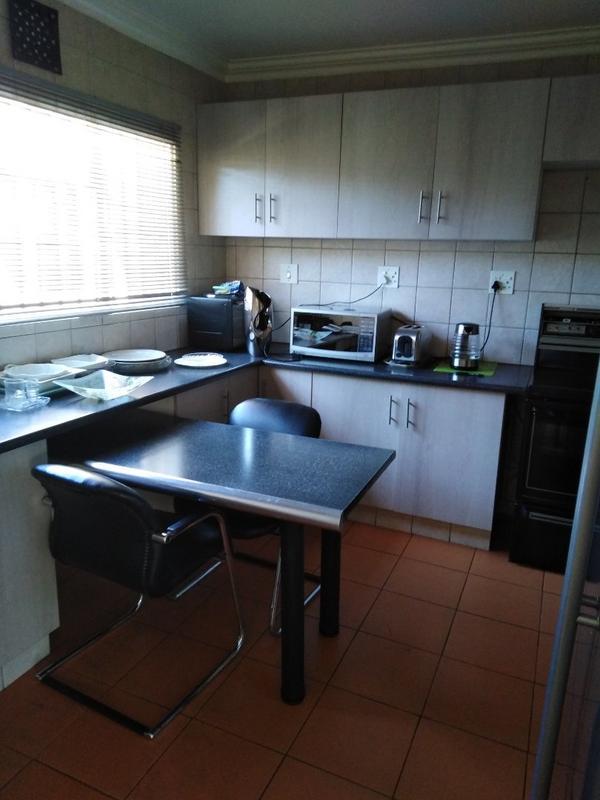 Property For Sale in Sophiatown, Johannesburg 23