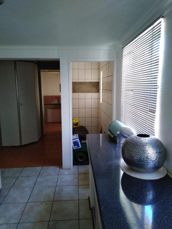 Property For Sale in Sophiatown, Johannesburg 27