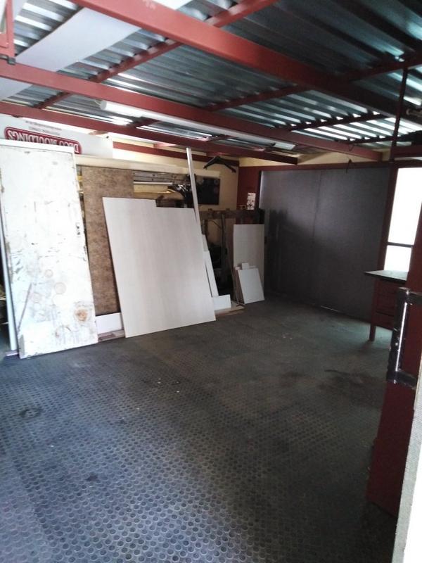 Property For Sale in Sophiatown, Johannesburg 32