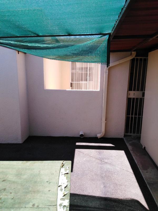 Property For Sale in Sophiatown, Johannesburg 33