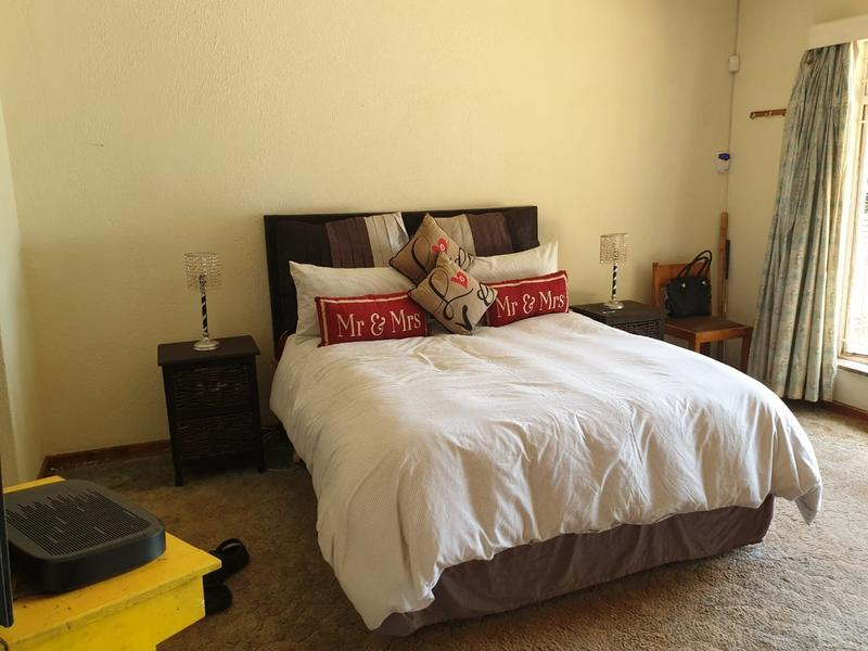 Property For Sale in Roodekrans, Roodepoort 4