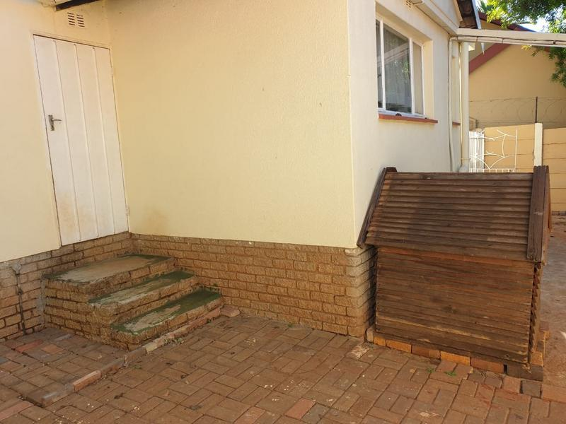 Property For Sale in Roodekrans, Roodepoort 18
