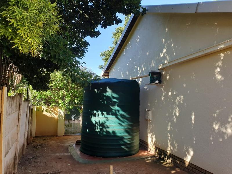 Property For Sale in Roodekrans, Roodepoort 29