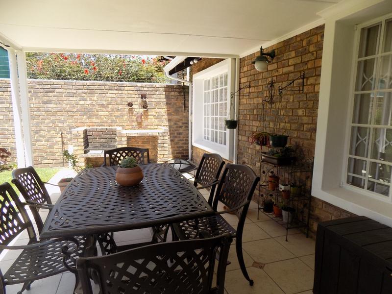 Property For Sale in Weltevreden Park, Roodepoort 4