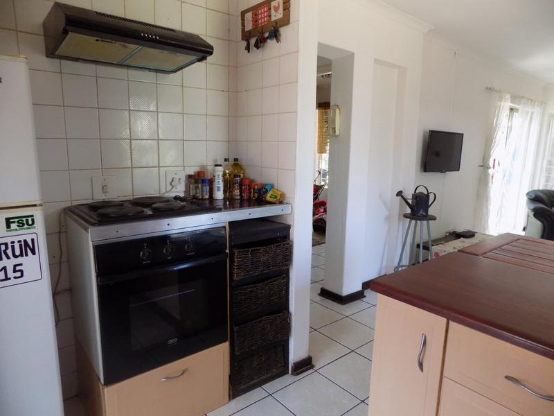 Property For Sale in Radiokop, Roodepoort 21