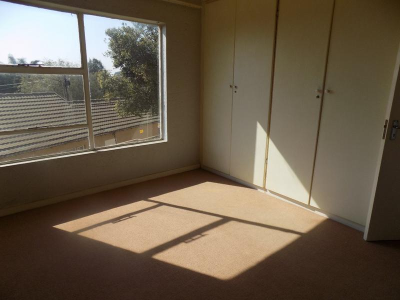 Property For Sale in Allen's Nek, Roodepoort 14