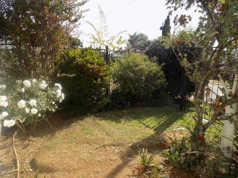 Property For Sale in Allen's Nek, Roodepoort 15